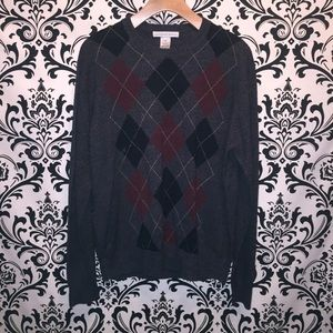 Geoffrey Beene Argyle Gray and Red Sweater Small